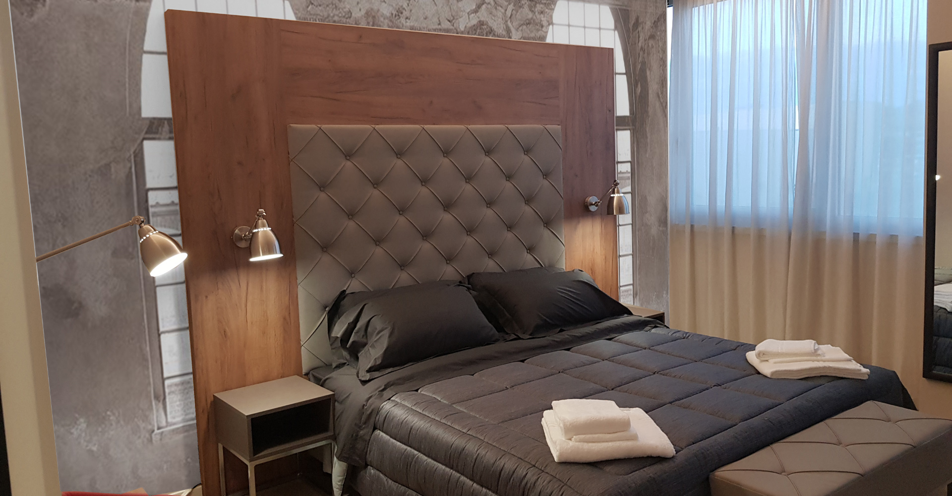 Hotel bedroom/residence/B&B furniture, Zeus model, 38 mm thickness, 100% made in ITaly